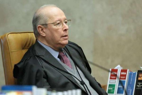 Brasil vive expectativa de respeito à Constituição, diz Celso de Mello