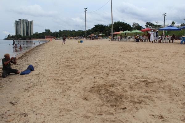 Adolescente é reanimado após passar 12 minutos submerso no Rio Negro, em Manaus