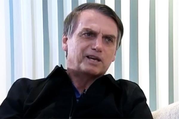 'Não é a que queremos, é a que podemos aprovar', diz Bolsonaro sobre reforma da Previdência