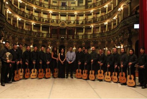 """""""Série Concertos"""" mostra a versatilidade da Orquestra de Violões do Amazonas"""