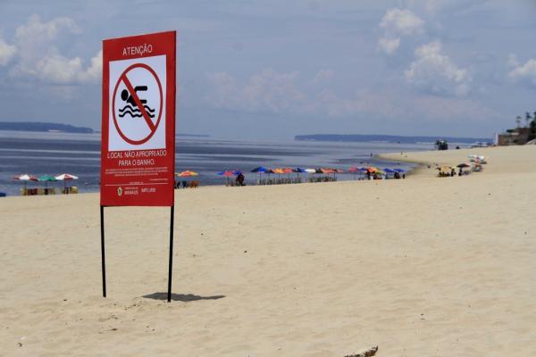 Técnicos visitam praia da Ponta Negra, em Manaus, para avaliar condições de uso por banhistas
