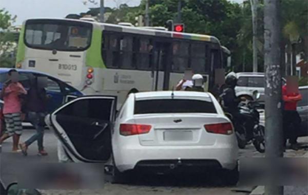Chefe do tráfico do Dendê escapa da polícia após troca de tiros na Ilha do Governador