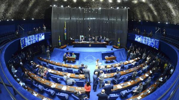 Senado dá recados e cobra interlocução de Bolsonaro