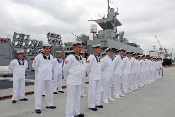 Justiça determina retorno de militar transexual à Marinha
