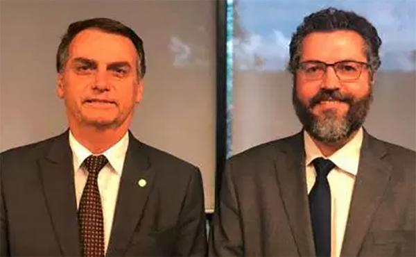Bolsonaro anuncia diplomata Ernesto Araújo para Relações Exteriores