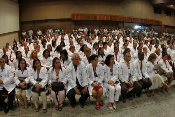 Ministério volta atrás e prorroga prazo de inscrição para Mais Médicos
