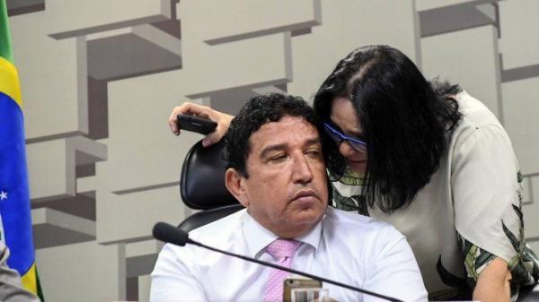 'Não fui comunicado', diz Magno Malta sobre escolha de Damares Alves