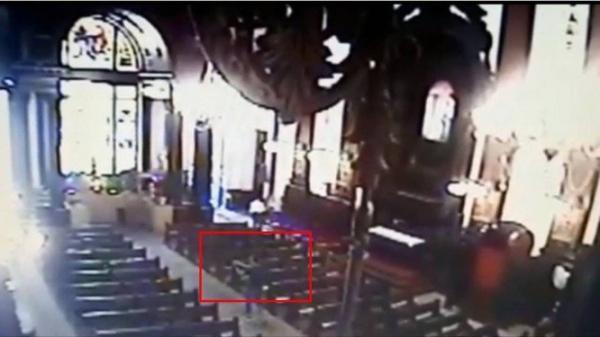 Imagens mostram atirador abrindo fogo na Catedral
