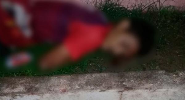 Dupla em moto mata a tiros estudante suspeito de crimes, em Iranduba