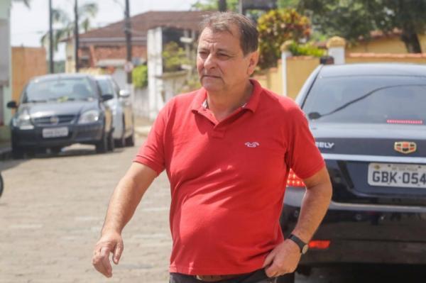 PF considera Battisti foragido da justiça após Fux determinar sua prisão