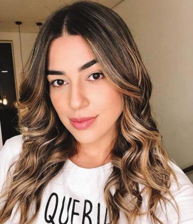 Vivian Amorim revela que faria sexo a três para salvar namoro