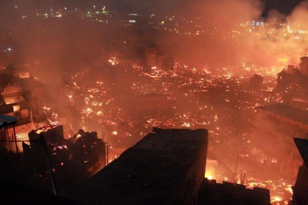 Incêndio no Educandos é o segundo maior da história do Amazonas, afirma Defesa Civil