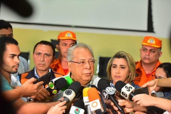 500 famílias vítimas do incêndio vão receber auxílio de R$ 900, cesta básica e ajuda humanitária