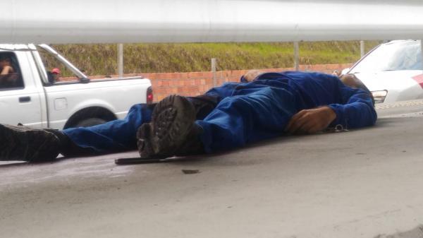 Homem é brutalmente assassinado a golpes de punhal na Avenida das Flores