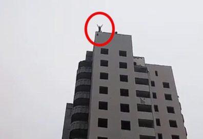 Adolescente pula de 14º andar de prédio com paraquedas amador e morre
