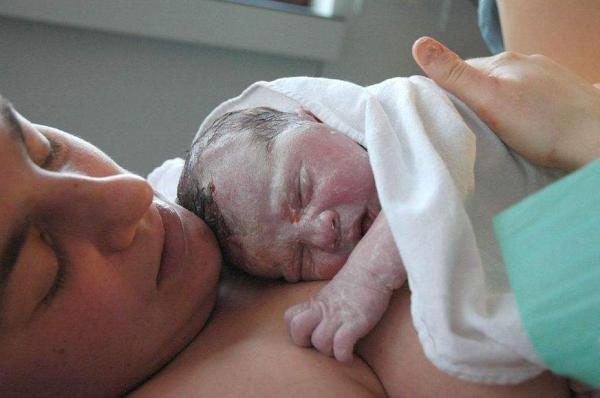 Entra em vigor Lei que garante parto humanizado no Amazonas