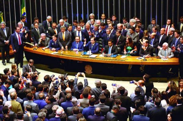 Bancada do Amazonas vai apoiar reeleição de Rodrigo Maia