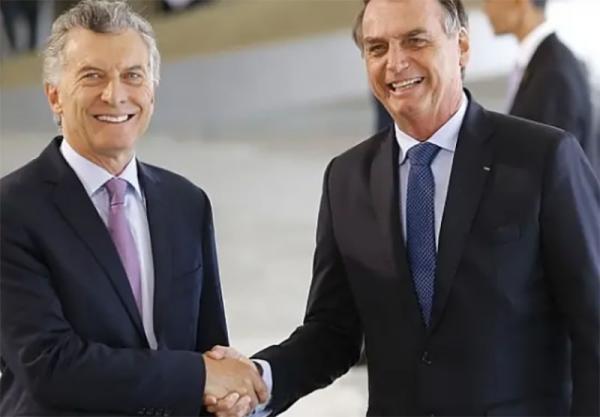 Bolsonaro diz que quer 'reforçar laços' com a Argentina