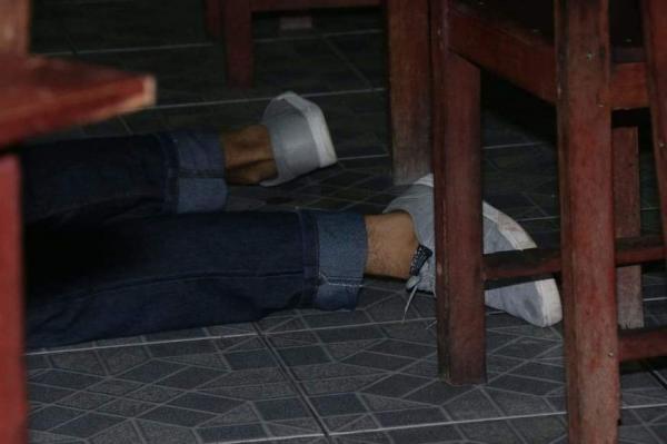 Policial Civil mata suspeito de roubo a restaurante no bairro Tancredo Neves