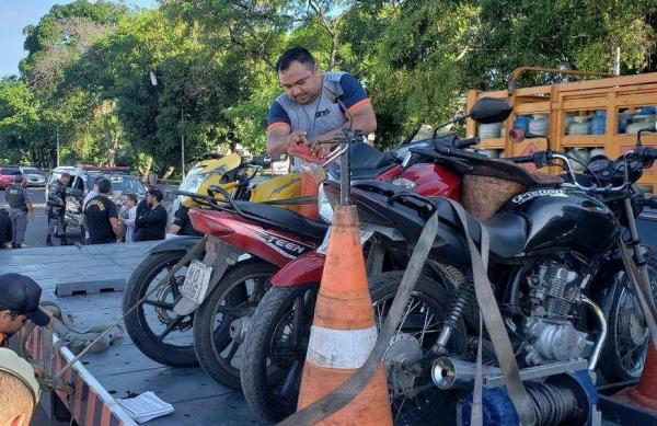 Detran-AM apreende 84 veículos com irregularidades em fiscalização na Compensa