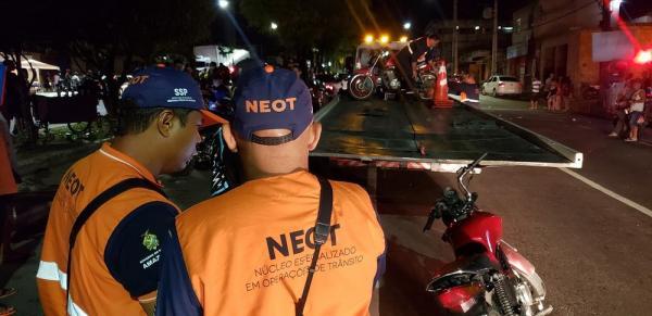 Operação flagra 34 motoristas embriagados e aplica 133 multas em Manaus