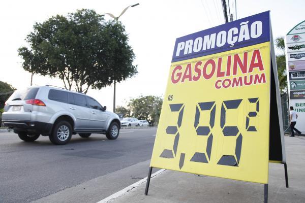 Empresários recuam e gasolina volta a ficar abaixo de R$ 4, em Manaus