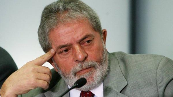 Lula recorre ao STF para ir ao enterro do irmão em São Paulo