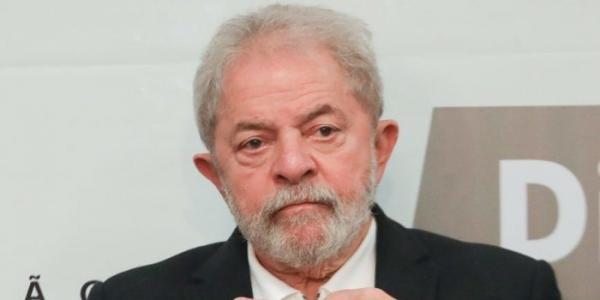 Lula pega 12 anos e 11 meses de prisão no caso do sítio de Atibaia