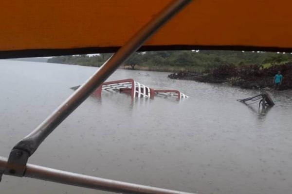 Embarcação afunda e deixa mulher desaparecida em Maués