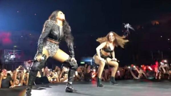 Anitta e Ludmilla apresentam primeira música em parceria, o funk 'favela'