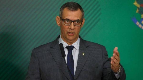 Governo brasileiro mantém plano para ajuda à Venezuela apesar de fechamento de fronteira