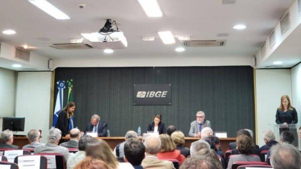 Guedes quer vender prédio do IBGE para fazer Censo e sugere simplificar pesquisa