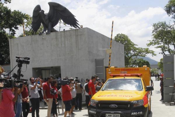 Flamengo consegue liminar e poderá voltar a treinar no Ninho do Urubu