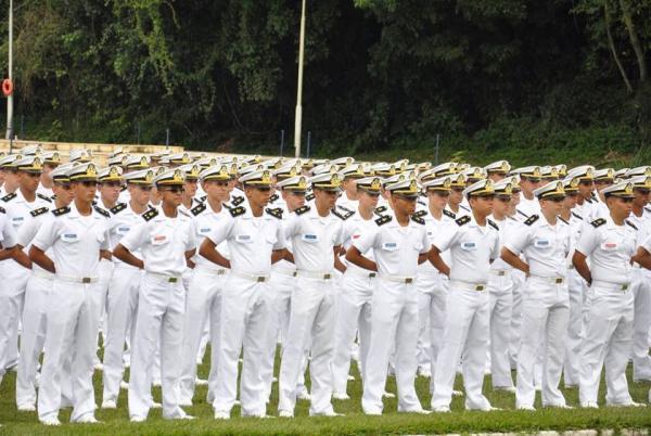 Marinha abre concurso com 54 vagas e salário de R$ 11 mil
