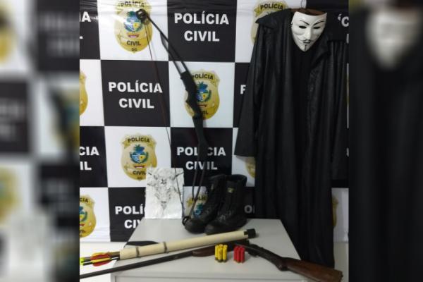 Polícia apreende estudante que planejava massacre em escola