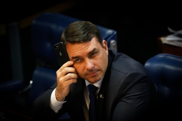 Representação do PSL contra Ministério Público é para separar joio do trigo, diz Flávio Bolsonaro