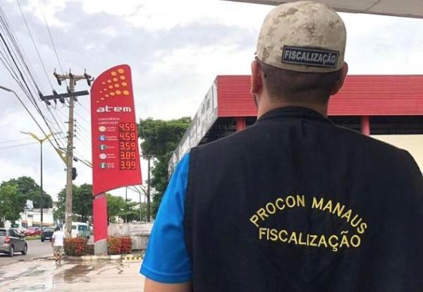 Cartel do combustível volta a desafiar PROCON e gasolina passa de R$3,99 para R$4,59 em Manaus