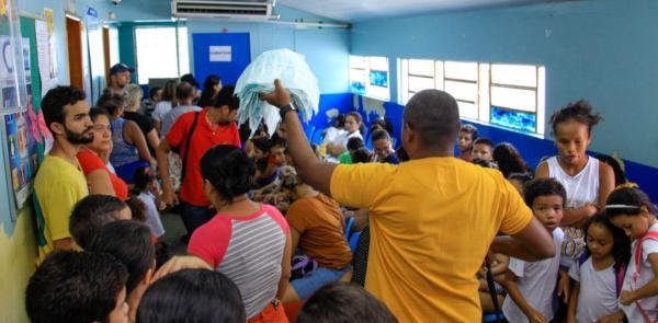 Primeiro dia de vacinação contra H1N1 tem movimento intenso em Manaus