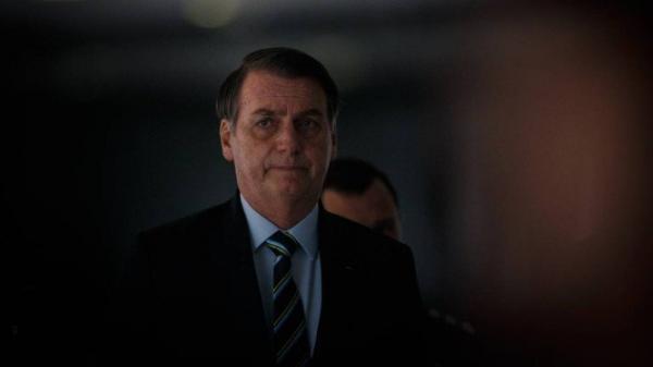 'Que cada um responda pelos seus atos, a Justiça nasceu para todos', diz Bolsonaro sobre prisão de Temer