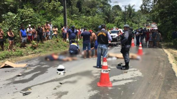 Mãe e filho morrem em acidente no início do ramal da Vivenda do Pontal