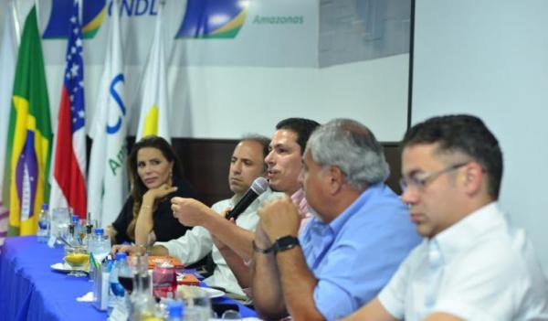 Marcelo quer camelôs de volta às ruas do Centro de Manaus