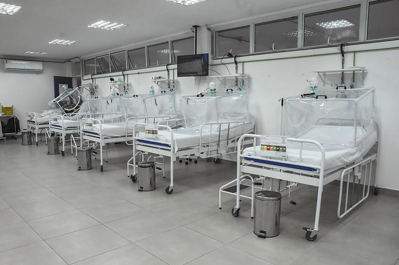 Hospital de campanha abre mais 13 leitos e chega a 156 vagas em Manaus