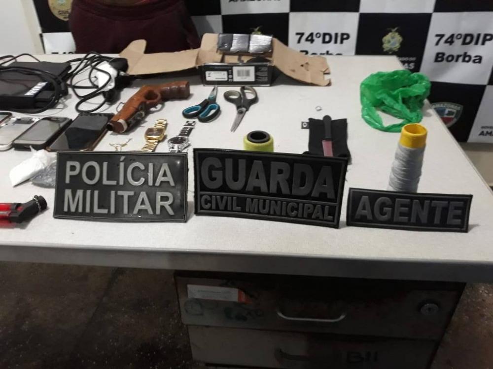 Homem é preso com drogas e armas após fugir da polícia em Borba, no AM