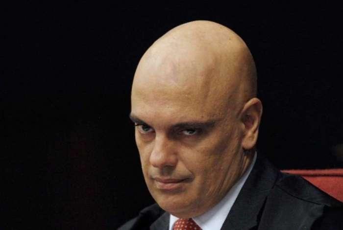 Após operação, Moraes determina que deputados bolsonaristas prestem depoimento