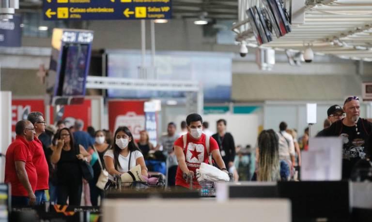 Pandemia arquiva planos de viagem e dá prejuízos a agências de turismo