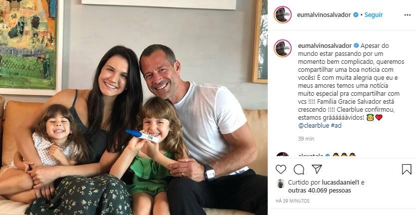 Malvino Salvador e Kyra Gracie anunciam que estão 'grávidos'