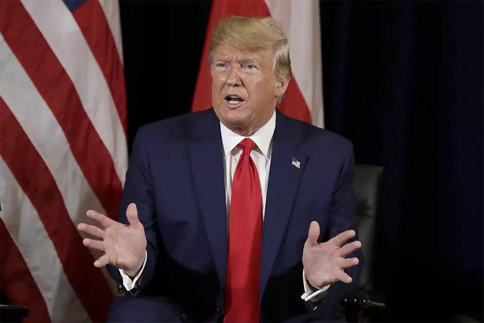 Covid-19: com mais de 100 mil mortos nos EUA, Trump rompe relações com OMS