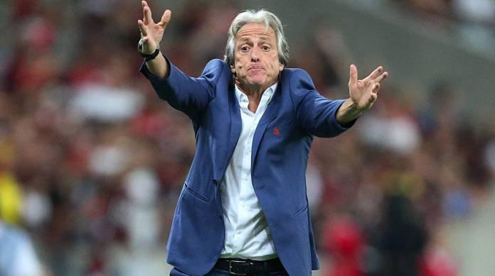 Jorge Jesus teria causado desconforto na diretoria do Flamengo após anunciar permanência
