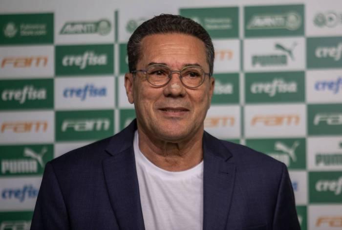 Luxemburgo minimiza racismo no futebol: 'Nada mais é do que bobagem, uma provocação'