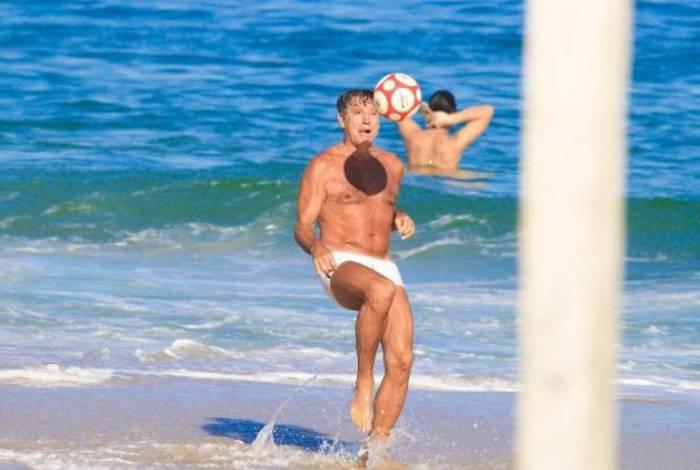 Renato Gaúcho minimiza ida à praia em meio à pandemia e diz: 'Todo mundo é grupo de risco'